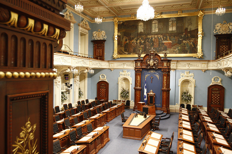 Ill. 2: The Blue Chamber of the Parliament Building in the city of Quebec, Canada.